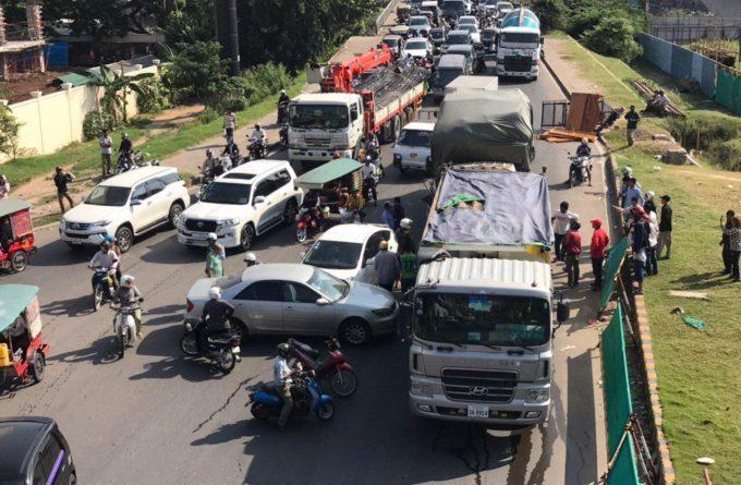 Traffic Chaos After Multi Vehicle Crash