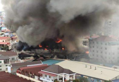 Breaking News: Big Fire in Phnom Penh