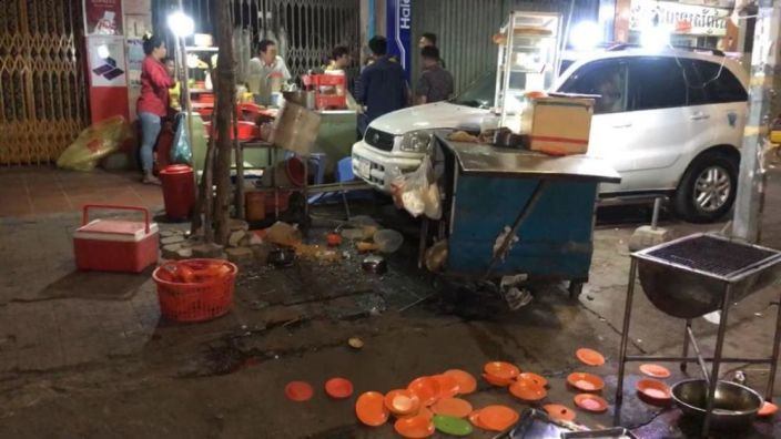 Drunk Driver Pays $200 After Wrecking Street Food Stall