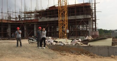 Chinese Worker In Site Fall