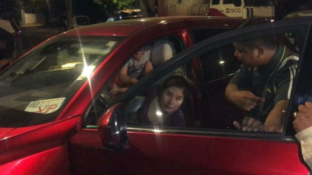 Drunk Woman Wrecks 3 Indian Tuk Tuks